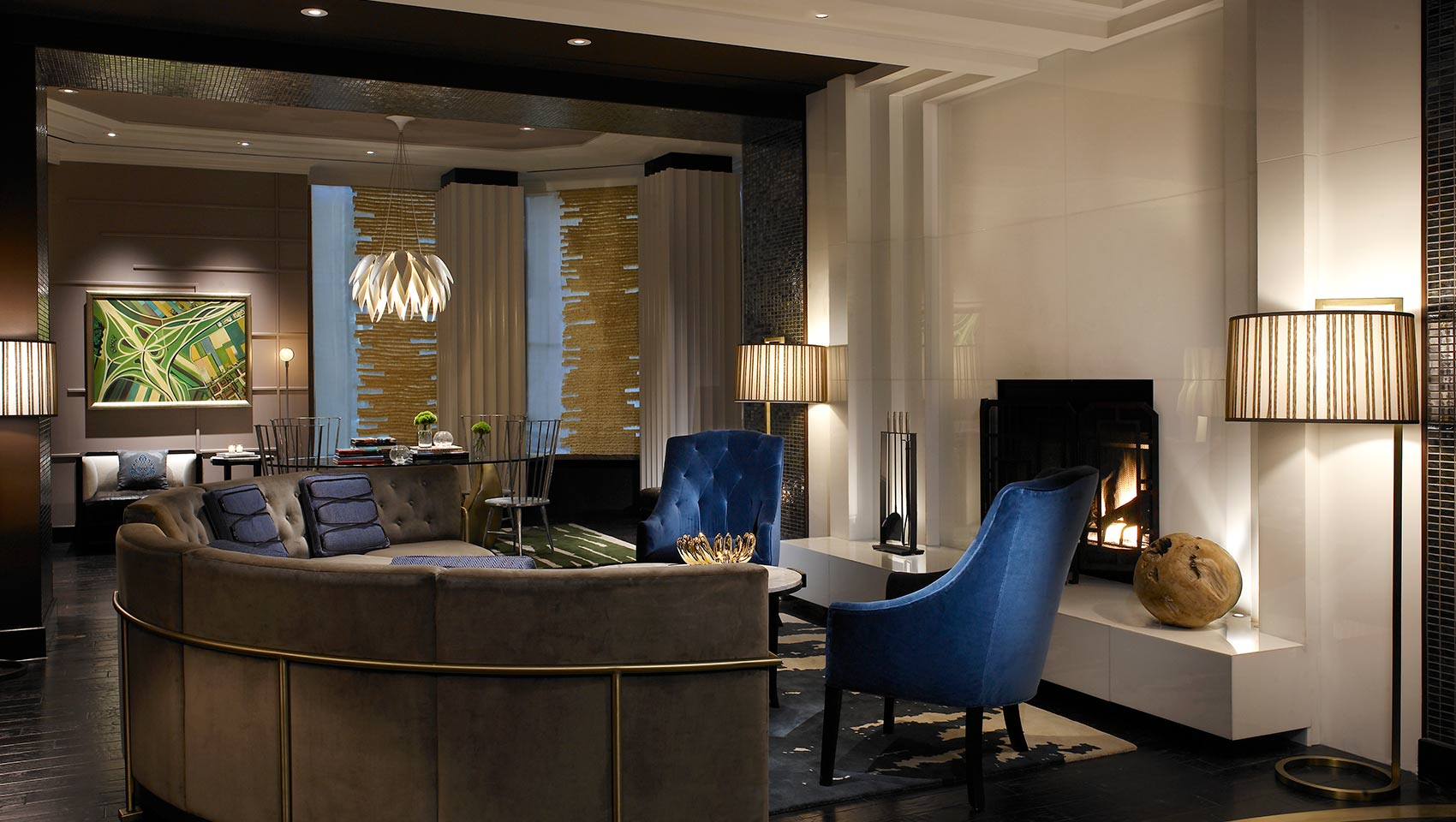 Philadelphia Skyline Hotel Living Room